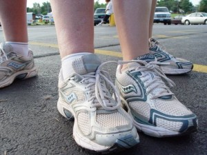 Road to the Marathon Feet: 10k (that's me on your left)